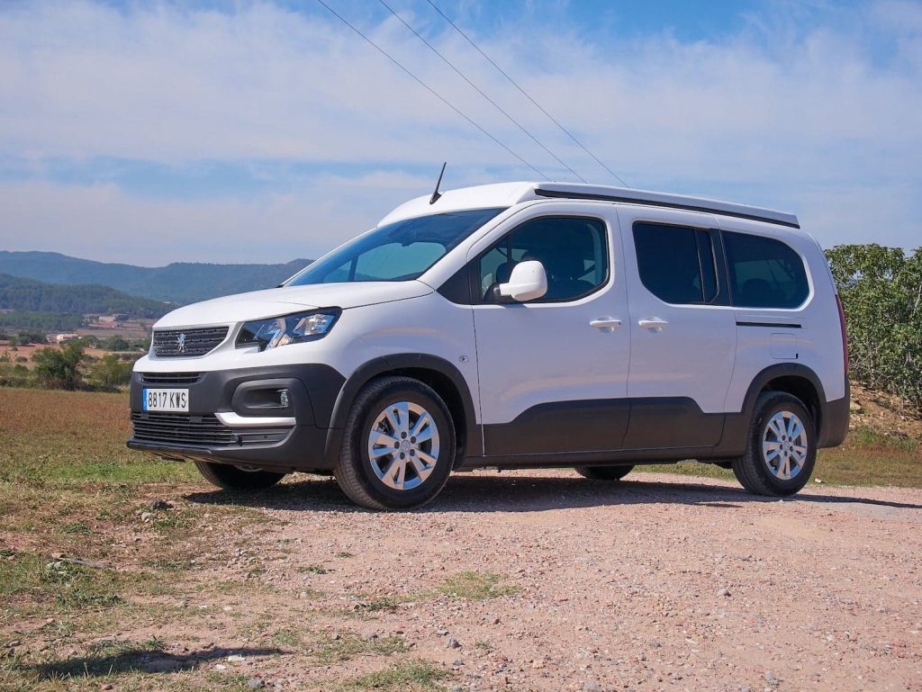 Peugeot Rifter lateral sin techo